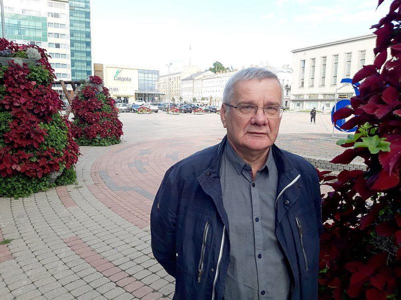 """Jānis Lāčplēsis: """"Jaunu attīstības programmu izstrādi tagadējā domes vadība uzsākusi nav, tādēļ ceram, ka tomēr iepazīsies ar jau esošajām un tās turpinās. Rudenī cietoksnī pilsēta atklās arī savu Motormuzeju – tas būs vēl viens Daugavpils magnēts pie jau esošā Rotko centra."""""""