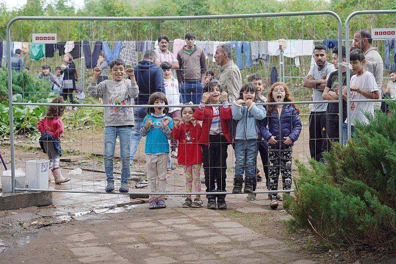 Migrantu bērni pagaidu aizturēšanas centrā Lietuvā.