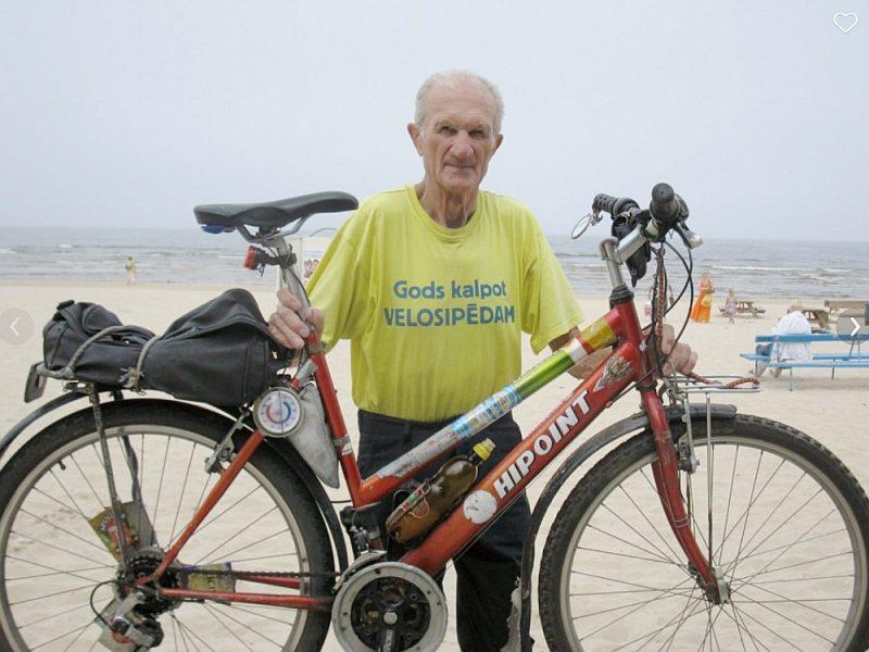 Edgars Račis ar savu uzticamo draugu, ar kuru kopā pievarēti daudzi tūkstoši kilometru.
