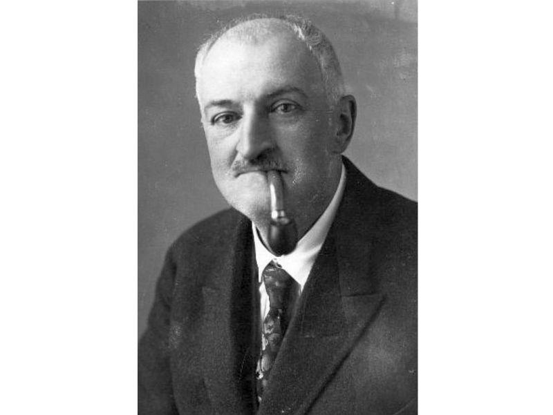 Pēteris Meļņikovs (1867–1940).