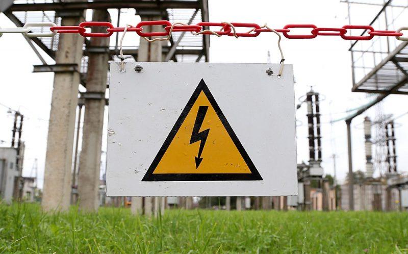 Lielākās problēmas līdz šim radījis elektrības cenu pieaugums, jo daudziem tirgotājiem noslēgti līgumi par elektroenerģijas piegādi ar fiksētiem tarifiem, kurus ļoti grūti vai neiespējami mainīt.